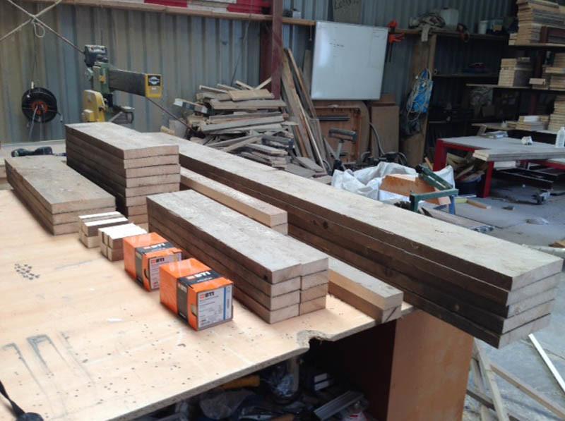 Boston tafel van steigerhout bouwpakket